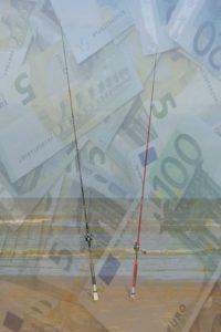 soldi per licenza di pesca in mare